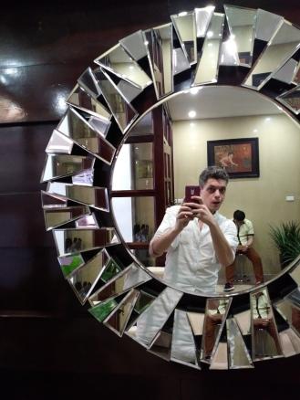 Fancy-schmancy mirror